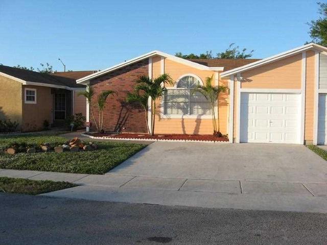 9911 W Heather Ln, Hollywood FL 33025