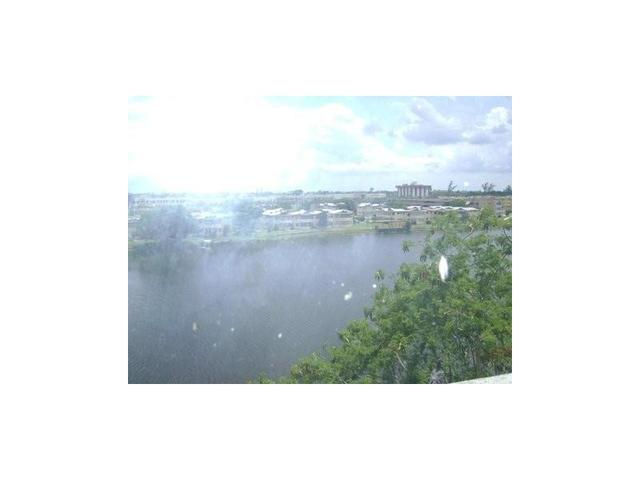 1750 NE 191st St #629-4, North Miami Beach, FL 33179