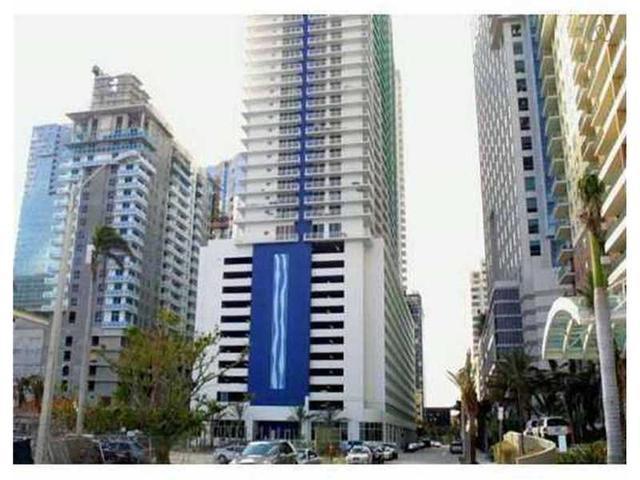 1200 Brickell Bay Dr #4214, Miami, FL 33131