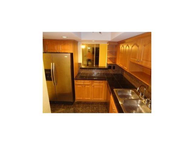 3253 Foxcroft Rd #APT G108, Pembroke Pines FL 33025