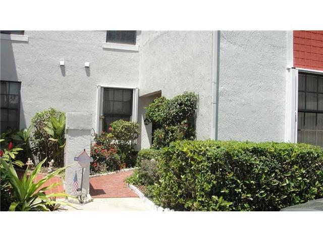12033 NW 11th St #APT 12033, Hollywood, FL