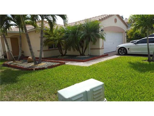 13376 SW 44th St, Hollywood FL 33027
