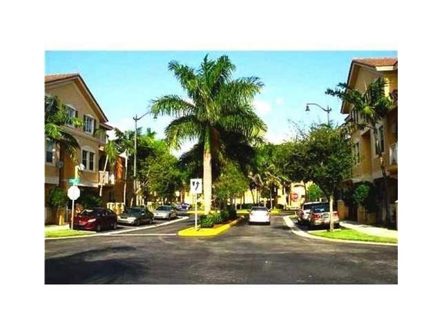8826 W Flagler St #112, Miami, FL 33174