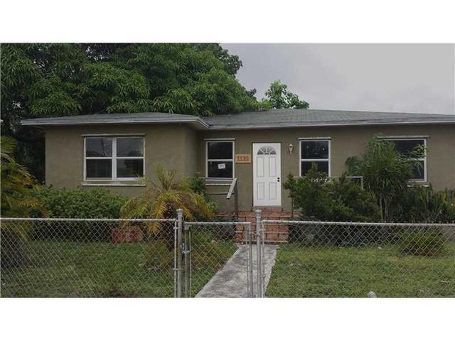 1120 NW 64th St, Miami, FL