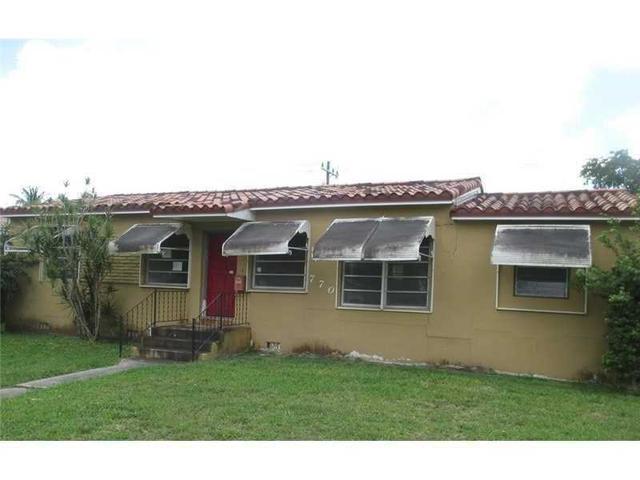 770 Falcon Ave, Miami FL 33166