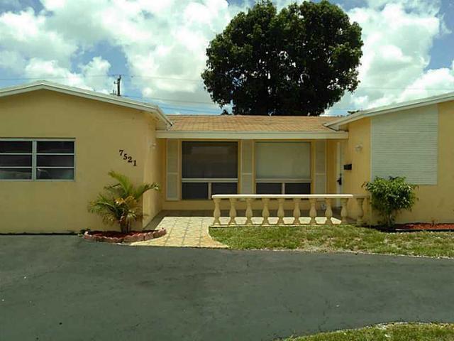7521 Coral Blvd, Pembroke Pines FL 33023