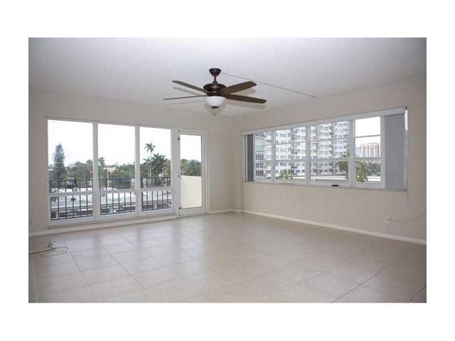 340 Sunset Dr #APT 410, Fort Lauderdale FL 33301