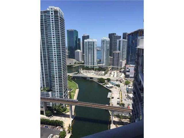 185 SW 7th St #APT 3503, Miami FL 33130