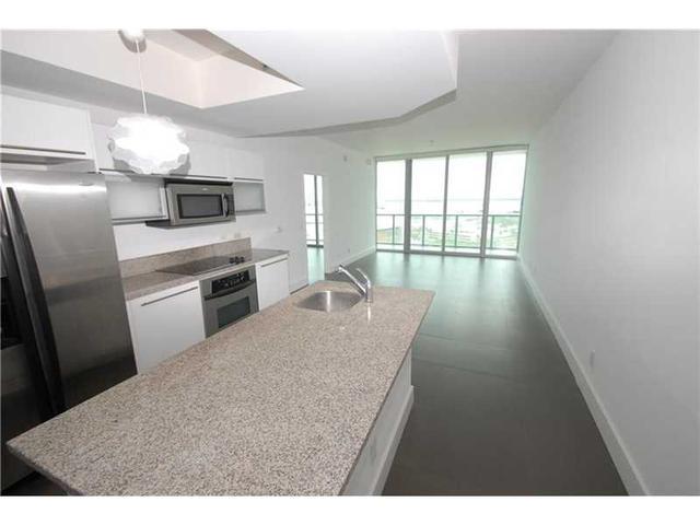 888 Biscayne Blvd #APT 1704, Miami FL 33132