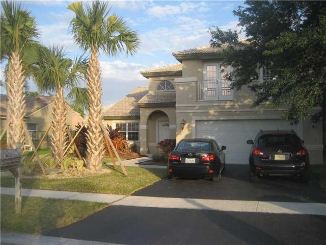 441 NW 189th Ter, Hollywood, FL