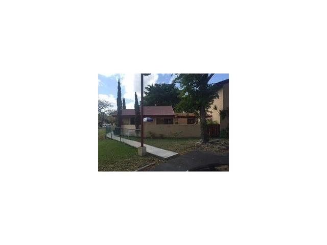 870 NW 106th Ave #APT B2-2, Miami FL 33172