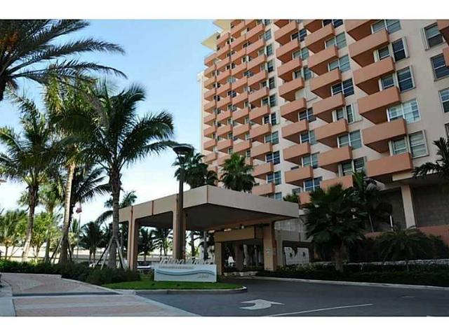 2899 Collins Ave #624, Miami Beach, FL 33140