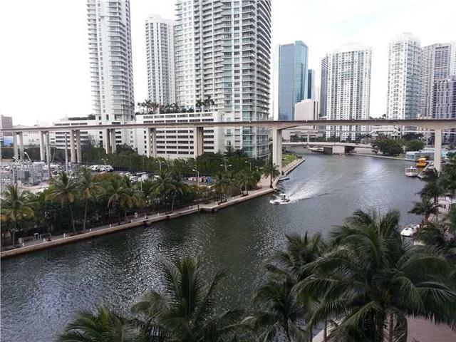 185 SW 7th St #APT 602, Miami FL 33130