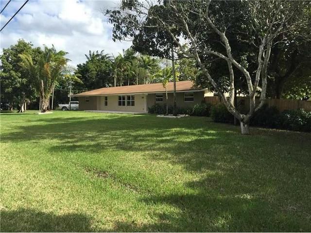 11901 NW 2nd St, Fort Lauderdale FL 33325