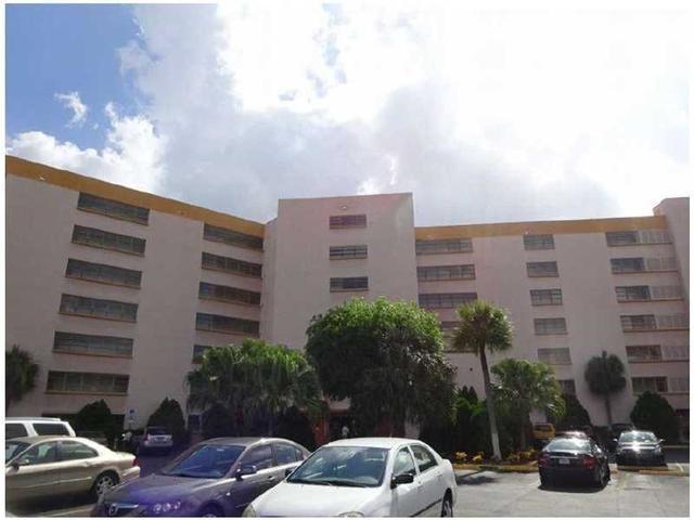 9688 Fontainebleau Blvd #APT 510, Miami FL 33172