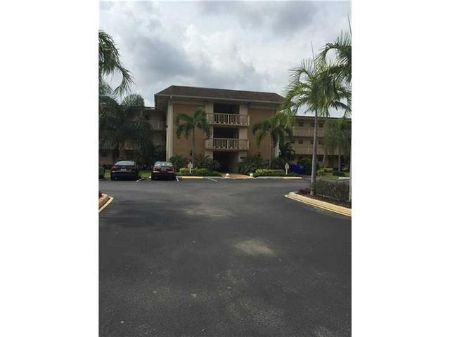 4900 Washington St #APT 204, Hollywood, FL