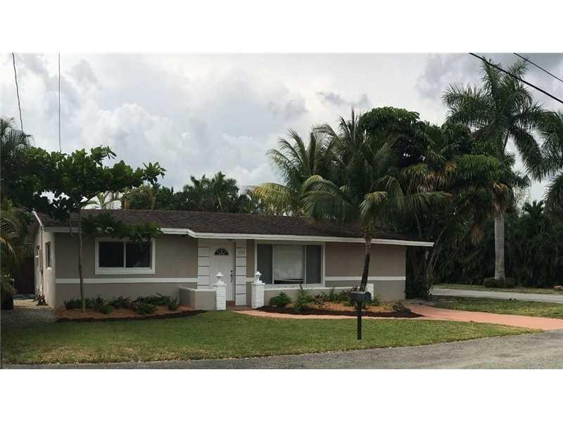 3730 SW 47th Ct, Fort Lauderdale, FL