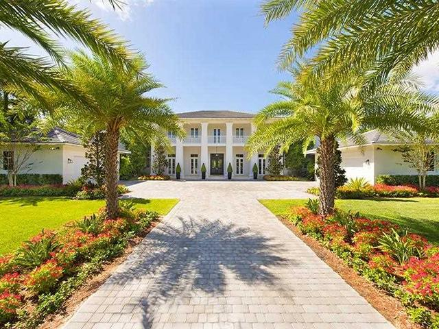 7700 Ponce De Leon Rd, Miami, FL 33143