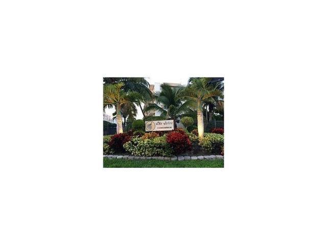 250 181st Dr #413, Sunny Isles Beach, FL 33160