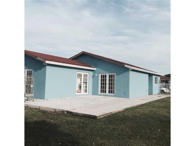 10665 SW 181st St, Miami, FL