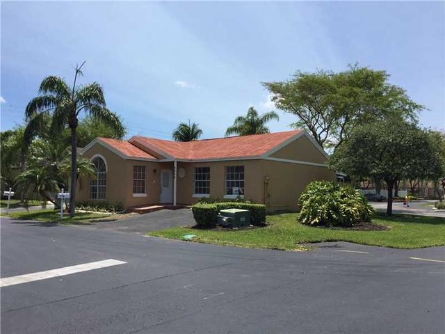 9968 SW 223rd Ter, Miami, FL