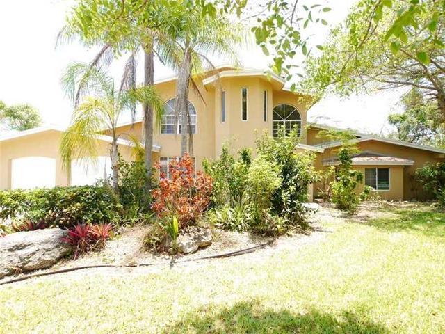 8460 SW 184th Ter, Miami, FL