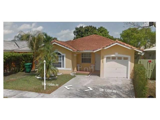 15743 SW 138th Pl, Miami, FL