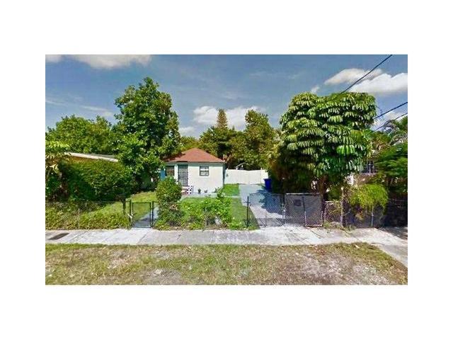 1237 NW 69th St, Miami, FL