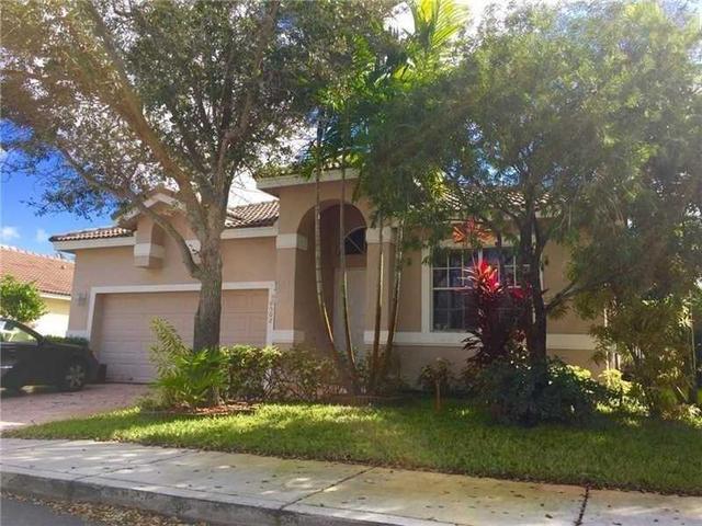 16502 NW 20th St, Pembroke Pines, FL