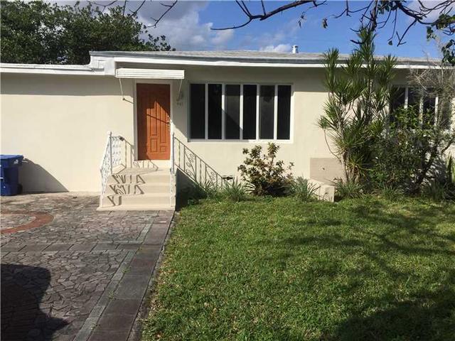 401 NE 109th St, Miami, FL