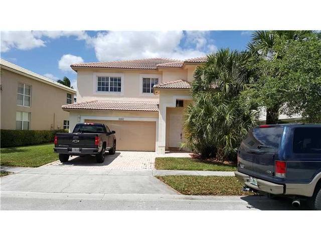 16967 NW 20th St, Pembroke Pines, FL