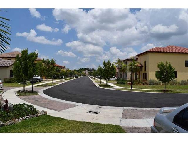 2616 NE 1st St, Homestead FL 33033