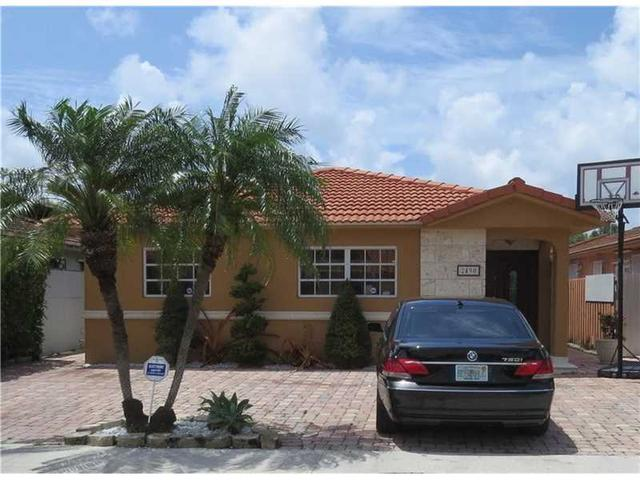 2490 W 70th Pl Hialeah Fl 33016 Mls A10084989