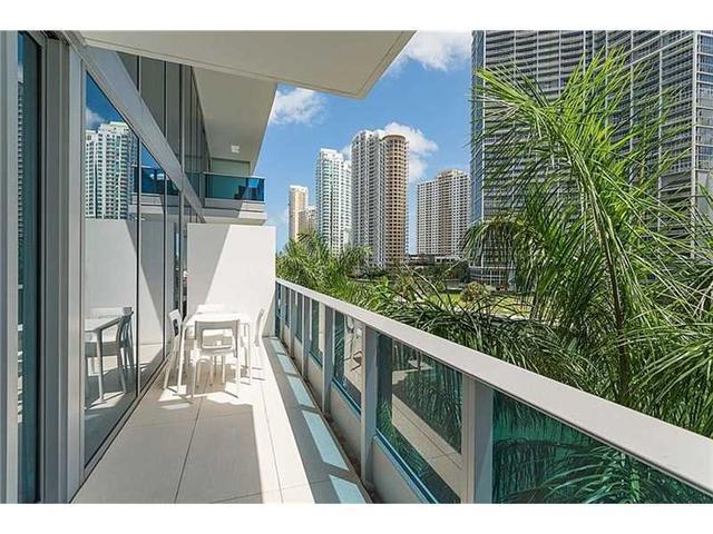 200 Biscayne Blvd Way #APT 304, Miami, FL