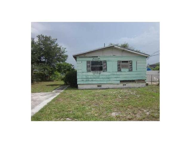 1949 NW 155th St, Opa Locka, FL