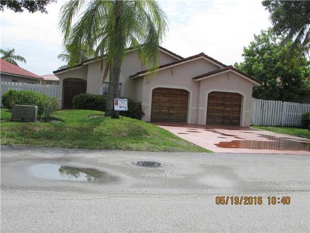 18145 NW 61st Ave Hialeah, FL 33015