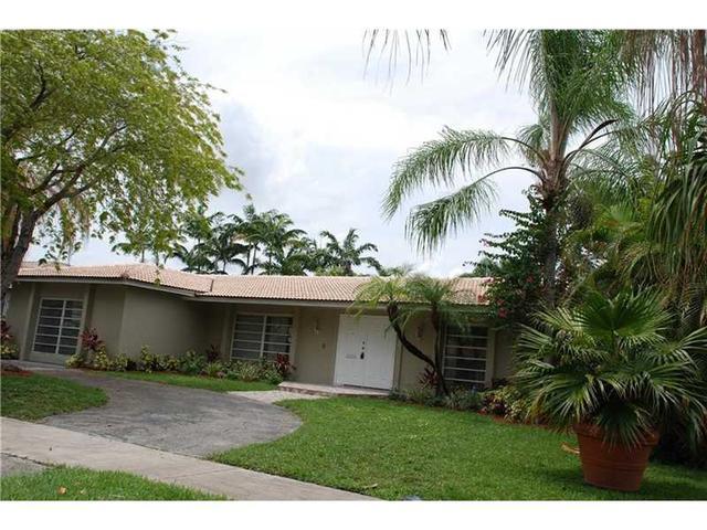 5231 N 37th St, Hollywood, FL