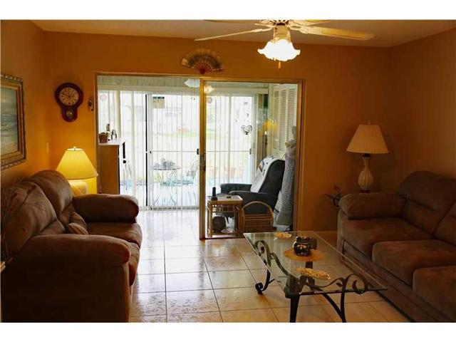 8633 NW 10th Pl #APT A137, Fort Lauderdale, FL