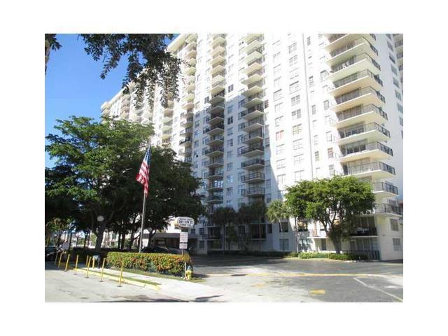 301 174 St #APT 1605, North Miami Beach, FL