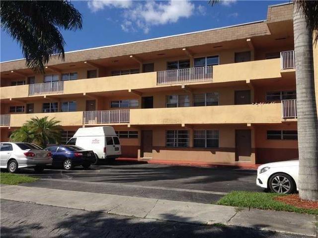 11005 SW 1 St #APT 304, Miami FL 33174