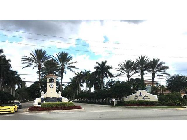4927 Egret Pl, Pompano Beach, FL