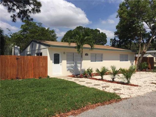 607 Riverside Dr, Fort Lauderdale FL 33312