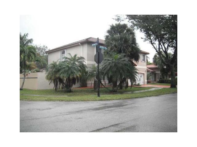 8989 NW 188th Ter, Hialeah, FL