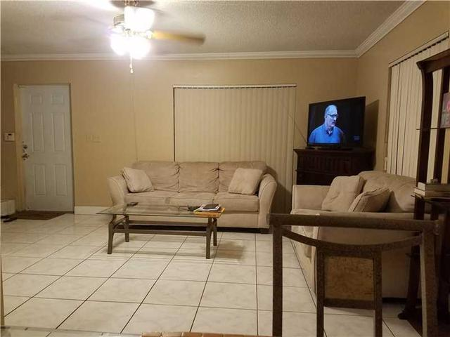 2203 NW 59th Way #APT 65-B, Fort Lauderdale, FL