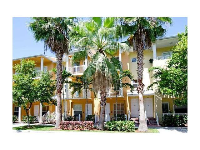 1347 SW 4th Ct #APT 1347, Fort Lauderdale, FL