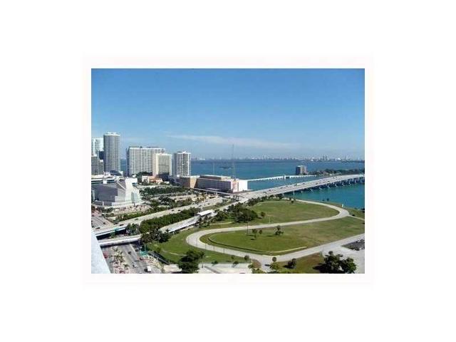 900 Biscayne Blvd #2907, Miami, FL 33132