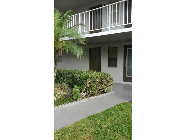 4800 Hillcrest Ln #APT 108, Hollywood FL 33021
