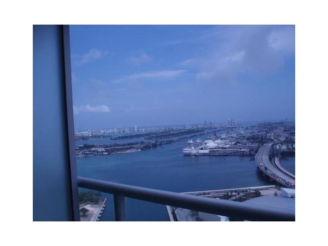 888 Biscayne Blvd #APT 3907, Miami, FL
