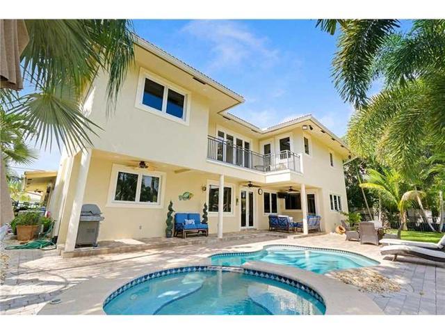 2341 NE 48th Ct, Pompano Beach, FL