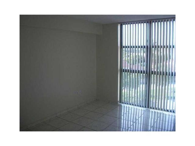 2055 SW 122nd Ave #APT 520, Miami FL 33175